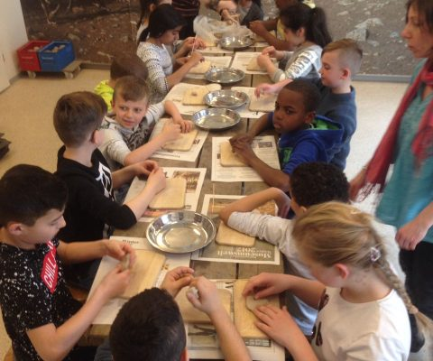Zurück in die Steinzeit – Unser Ausflug ins Helms-Museum